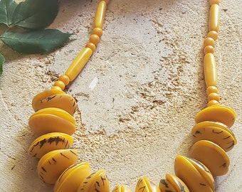 Chunky Tagua necklace/ Eco friendly natural jewelry/ Yellow necklace/ Rainforest green necklace/ Bohemian Rustic Necklace/ Shells necklace