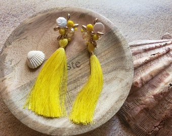 Tassels long earrings/Pearls tassels OOAK earrings/ Summer yellow earrings/Beach jewelry/ Bohemian tassel and gold post earrings/ For her