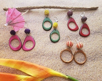 Big Hoops Earrings/ Tagua Straw Woven Earrings /Tagua donuts earrings/ Colorful Beach Earrings/ Ecofriendly