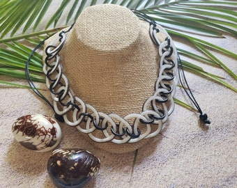 Tagua nut natural vegetable ivory chain necklace/ Chained Statement Ivory necklace/ Eco friendly vegan ivory necklace