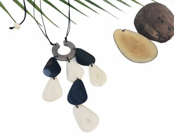 Tagua nut minimalist waterfall necklace/ Eco friendly gifts/Gifts for mom/ Boho necklace/ Black white minimalistic pendant