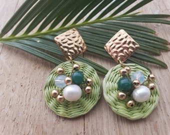 Statement straw green earrings/Summer Circles Earrings/ Rattan Earrings with pearls/OOAK earrings with gold hammered posts/Disks earrings