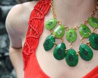 Green tagua necklace/ bold necklace/chunky jewelry/faceted necklace/ statement necklace/bridal jewelry/ gift ideas