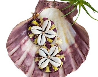 Statement OOAK yellow circles straw earrings / Rattan wire wrap earrings/Summer jewelry/Shells earrings/tropical earrings