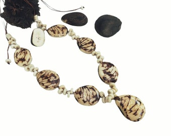 Tagua nut necklace set /Rustic beaded necklace/ Statement Ivory necklace/Eco friendly vegan ivory necklace/ Cruelty free ivory necklace