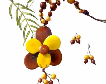 Flower necklace/Tagua necklace SET/ Yellow Flower necklace/ Long necklace/ Tropical Eco jewel by Allie