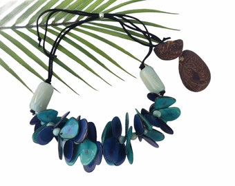 Maui Hawaiian tagua necklace/ Turquoise Blue Tagua Necklace/  Statement Necklace/ Chunky Necklace/ Beach resort jewelry/Tiki Necklace