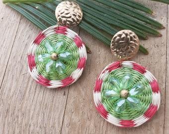 Statement straw green earrings/Rattan woven gold earrings/Beach summer OOAK earrings/Circle wicker earrings/Bold earrings wire wrap
