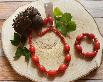 Tagua Red necklace/ Chunky nuts necklace/Tagua jewelry set /Eco friendly natural jewelry/ Colorful necklace/ Rustic jewelry/ Eco jewelry