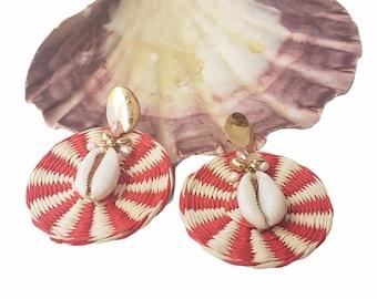 Statement OOAK red wicker straw earrings / Rattan wire wrap earring/Summer jewelry/Shells earrings/Beach earrings