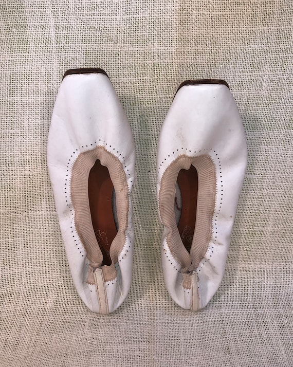 1950s Rock and Roll leather Italian ballet flats