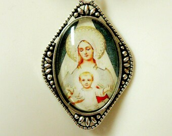 Madonna and child pendant - AP26-129