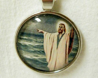 Christ walking on water pendant with chain - AP05-007