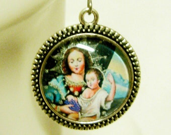 Cusco Madonna  of the Grapes glass earrings - AP06-154