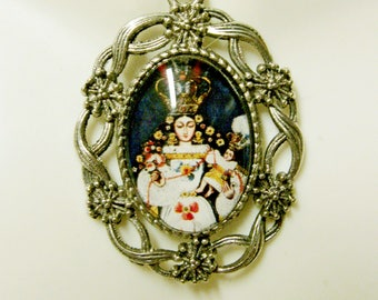 Madonna and child pendant and chain - AP26-060