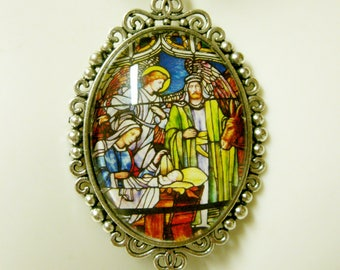 Nativity stained glass window pendant and chain - AP09-324