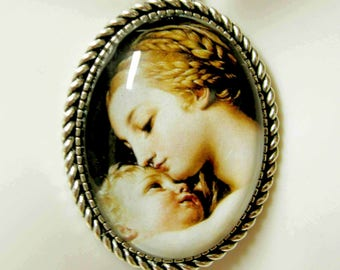 Madonna and child pendant and chain - AP09-143