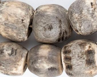 30 Grey Bone Beads: Bone Round Beads Kenya Bone Beads Big Bone Beads Beaded Wall Hanging Decorative Beads Jumbo Bone Beads (BON-RND-GRY-369)