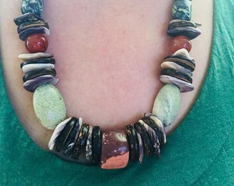 Native American jewelry wampum necklace, authentic indiand made rustic wampum necklace with stones