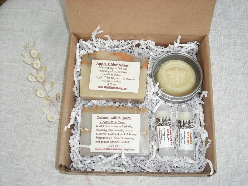 Bath and Beauty Gift Set Seasonal Autumn Gift Box / 2 soap  1 image 0