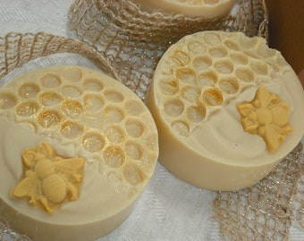 Golden Honey Soap / Beautiful Round Cold Process Soap / Comes Gift Boxed