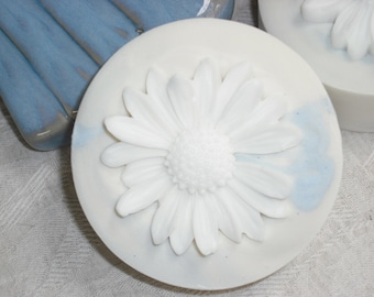 """Winter Daisy Soap / Artisan Round Soap / Cold Process Handmade Soap / Comes """"Gift Boxed"""""""