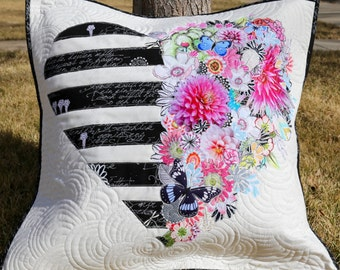 PAPER PATTERN for City Chic Pillow Quilt Wall Hanging Floral Collage Black White Stripes Home Decor