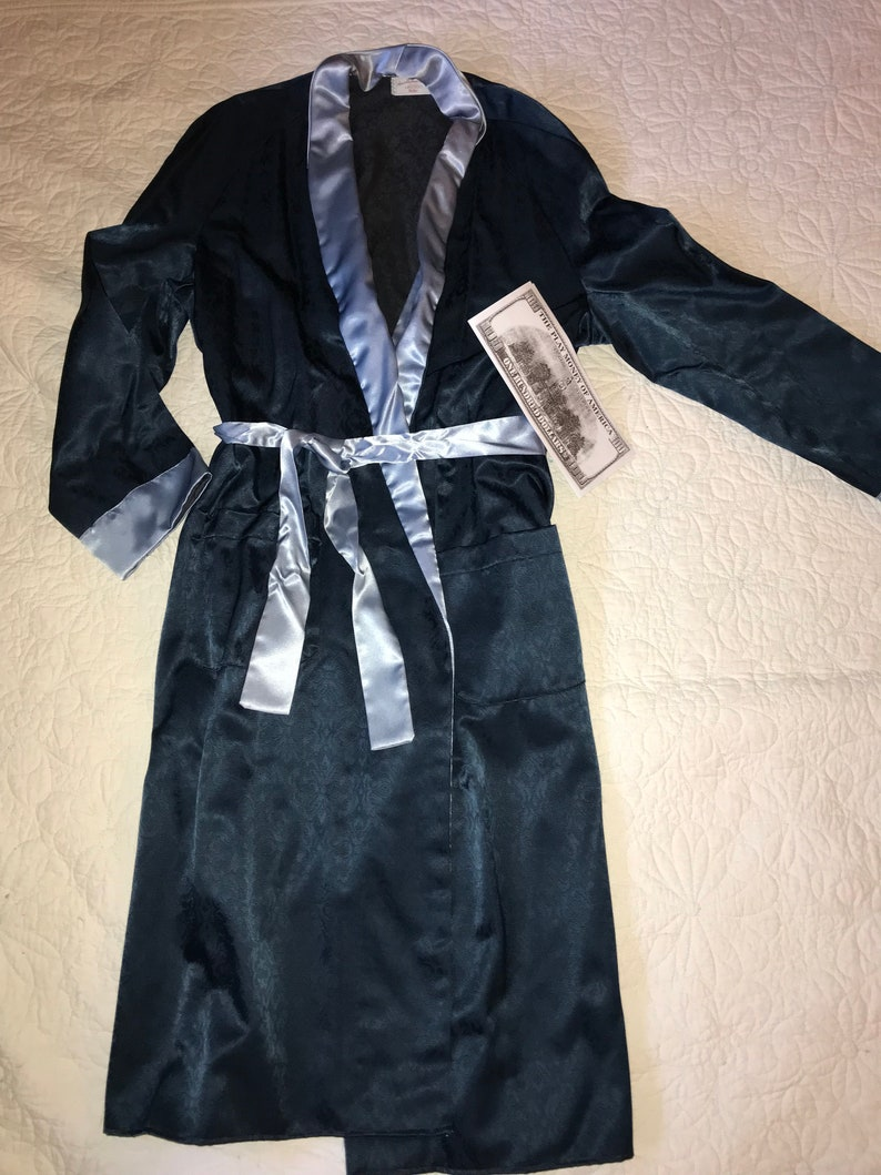 Hugh Hefner Red Velvet Playboy Smoking Jacket  /& Scarf Fancy Dress Costume S-L