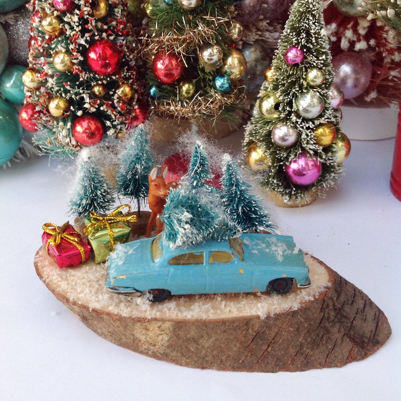 Christmas tree shopping kitschy Christmas scene on wood slice | Etsy