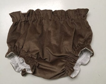 RUFFLE BLOOMERS // Baby & Toddler Nappy Cover. Constructed in Cotton Corduroy. Fully lined in cotton