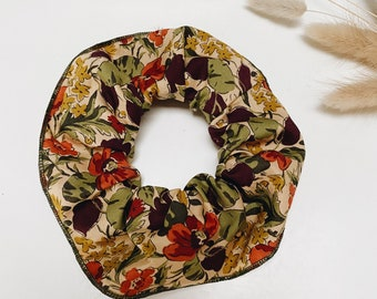 SCRUNCHIE // made with Liberty Fabric Tana Lawn // hair accessories // Liberty print AUTUMN FLOWERS