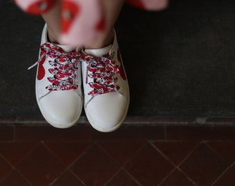LIBERTY FABRIC SHOELACES // Made with Liberty Fabric in adult and children's sizes - Wiltshire S (Red)