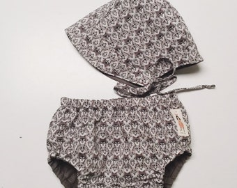 BONNET and BLOOMER SET - Diaper cover + Coco bonnet Constructed from Liberty Fabric Cotton Tana Lawn Wolf Pack (brown)
