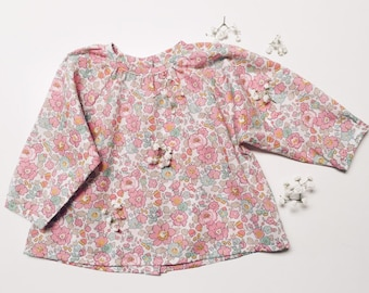 ZINNIA BLOUSE Constructed from Liberty Cotton Tana Lawn Betsy 19B (pale pink) Child's Top