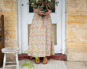 MAXI SKIRT // women's long skirt constructed in Liberty tana lawn // Print Poppy and Daisy 19 a (apricot)-
