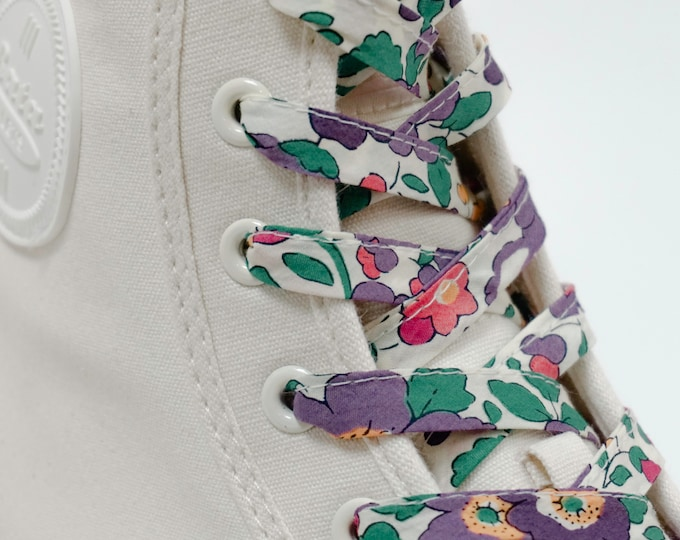LIBERTY PRINT SHOELACES in adult and children's sizes - Betsy E-W (purple)