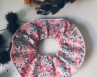 SCRUNCHIE made with Liberty Fabric - hair accessories for women and children. Liberty print Wiltshire D (Apricot) One