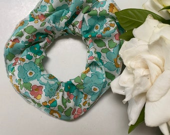 SCRUNCHIE made in Liberty Fabric - hair accessories for women and children. Liberty print Betsy D (Green) one