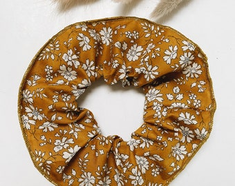 SCRUNCHIE // made with Liberty Fabric Tana Lawn // hair accessories // Liberty print CAPEL G (mustard)