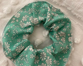 SCRUNCHIE // made with Liberty Fabric Tana Lawn// hair accessories // Liberty print Capel Mint