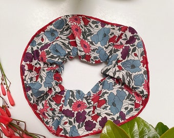 SCRUNCHIE // made with Liberty Fabric Tana Lawn// hair accessories //  Liberty print POPPY+DAISY N
