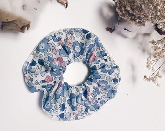 SCRUNCHIE made in Liberty Fabric - hair accessories for women and children. Liberty print Betsy B (Peach/Blue) one
