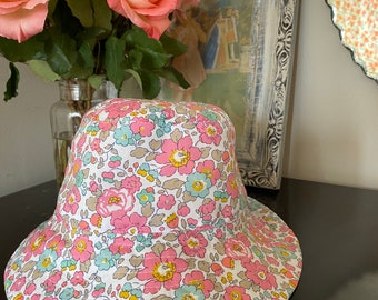 CHILDREN'S BUCKET HAT // Small, Medium, Large // Made with Liberty Fabric - Tana Lawn Outer// Betsy 19B (Pink) - Yellow White Cotton lining
