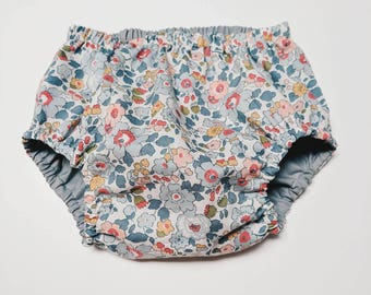 LIBERTY ROSA BLOOMERS / Diaper cover / Nappy cover Constructed from Liberty Art Cotton Tana Lawn Betsy P