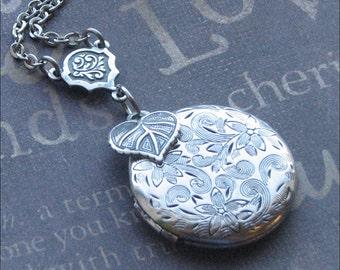Silver Locket Necklace, Flower Jewelry, Love Garden Locket, Leaf, Round Locket, Photo Picture Locket, Wedding Jewelry, Stocking Stuffer GIFT