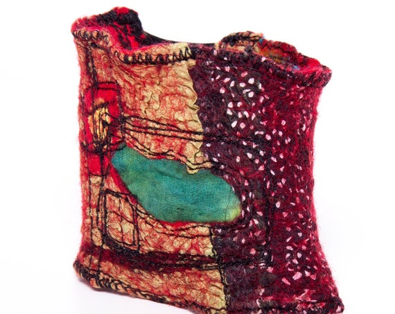 Textile bracelet, nuno felted wool & silk armwarmer/ Elastic cuff, embroidered fiber art accessories / Ariane Mariane - Paris