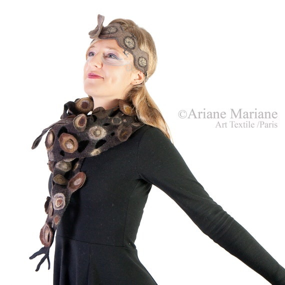 Bark textured nuno felt scarf, relief women shawl, art to wrap, sohphistique elegant winter accessories