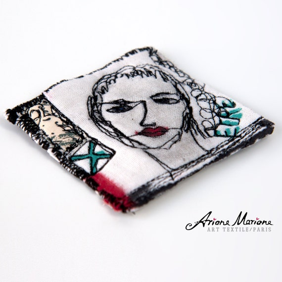 Mini Art Textile Pin  - Certificated Original Art from France - Paris - Art Accessories