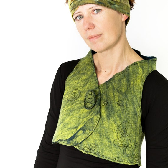 kiwi green  bolero vest, felted wearable art / Merino Wool Woman garment/ Reversible woman art vest piece unique made in Paris