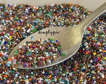 15/0 Miyuki Assorted Colors Glass Seed Beads 10-Grams